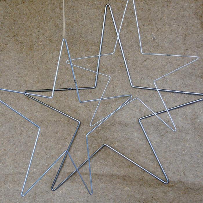 Star, galvanised metal wire