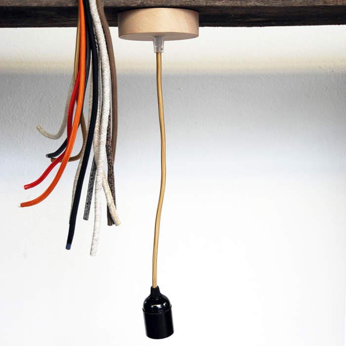 Suspension fil textile